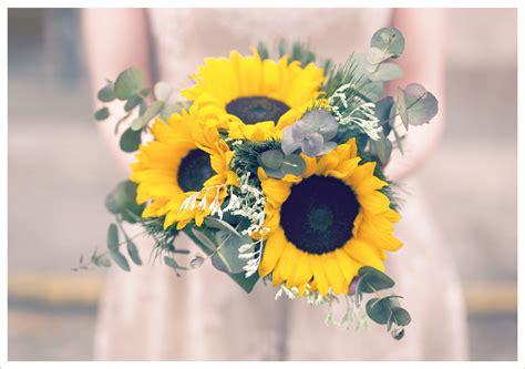 sunflower wedding bouquets  brighten   big day