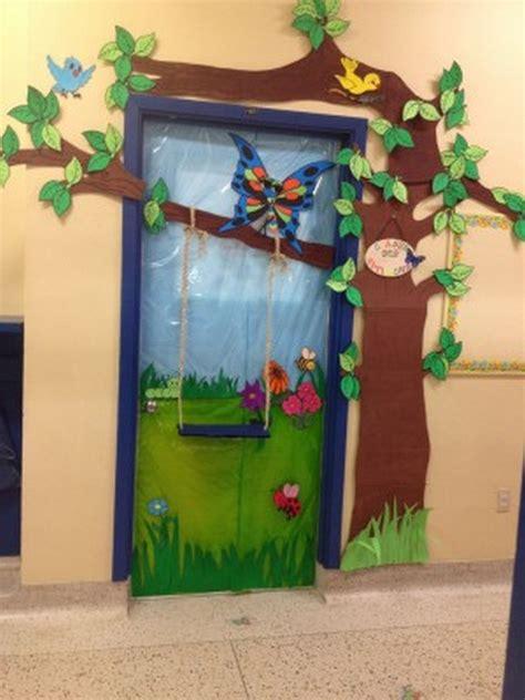 kindergarten door decorations bird themed door decorations 171 funnycrafts