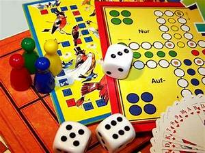 Spiele Für Familie : tipps f r den familien spiele abend ~ Orissabook.com Haus und Dekorationen