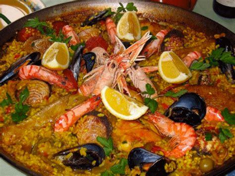 cuisine pez la paella spécialité culinaire espagnole restos recette