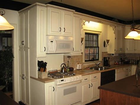 kind of paint for cabinets what type of paint to use on kitchen cabinets