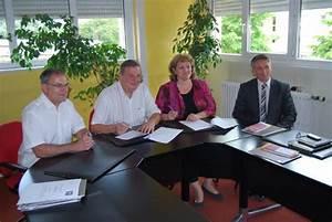 La Banque Postale Financement Contact : savoisienne habitat et la banque postale signent un partenariat pour favoriser l 39 accession ~ Maxctalentgroup.com Avis de Voitures