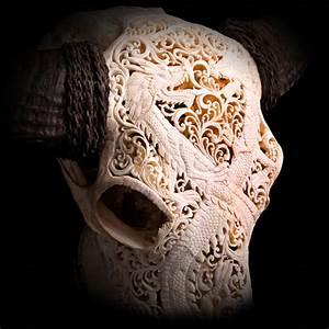 Deco Crane De Buffle : cr ne de buffle cisel ou sculpt troph e curiosit d co insolite en os edemonium ~ Melissatoandfro.com Idées de Décoration