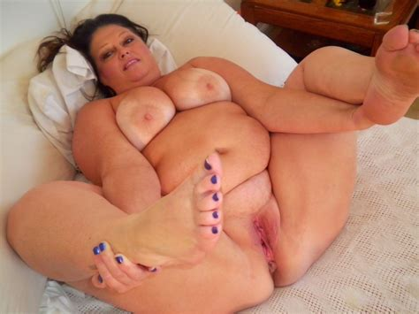 Fflo In Gallery Mature And Bbw Feet