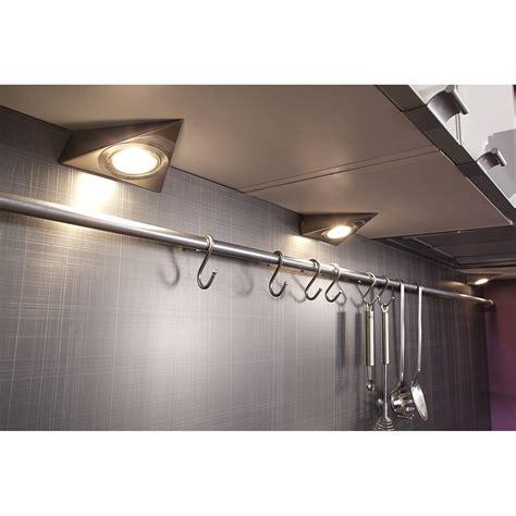 spot dans cuisine clairage pour cuisine un clairage eclairage led pour
