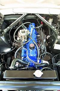 Ford Mustang 6 Cylinder Engine