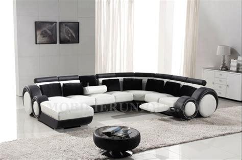 canapé avec repose pied intégré canapé d 39 angle panoramique en cuir avec reposepied intégré
