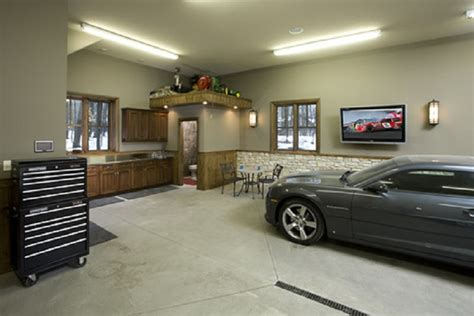 Garage Man Cave Designs With Toilet Area, Free Garage