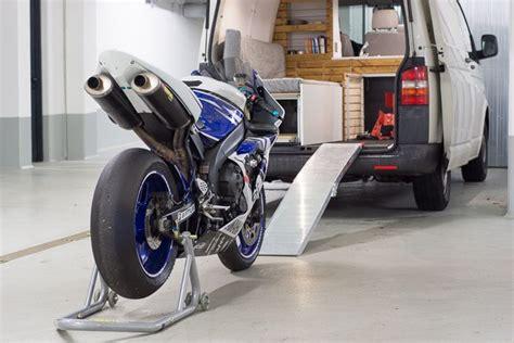 vw t5 selbstausbau vw t5 transporter cingbus ausbau mit motorrad cingbus ausbau t5