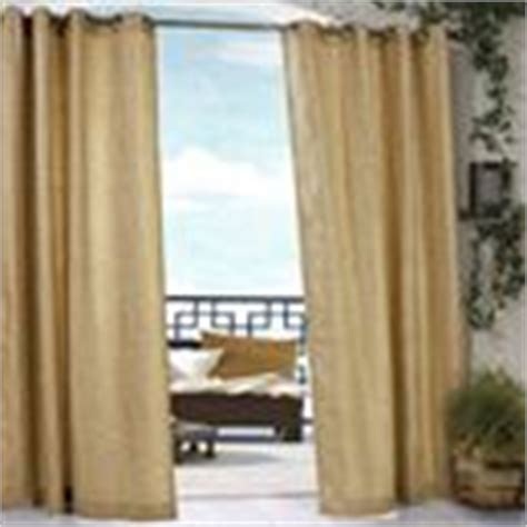 Outdoor Curtains Bed Bath And Beyond by 1000 Images About Screened Porch Curtain Ideas On