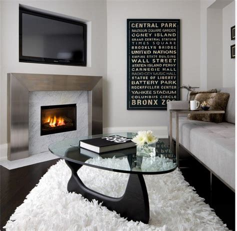 Small Personalized And Homey Apartment Interior Decorating
