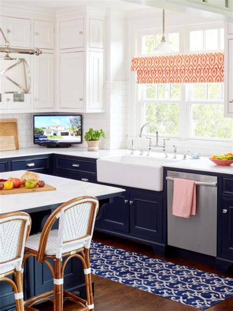 hgtv kitchens with white cabinets decorating ideas inspired by a colorful california kitchen 7025