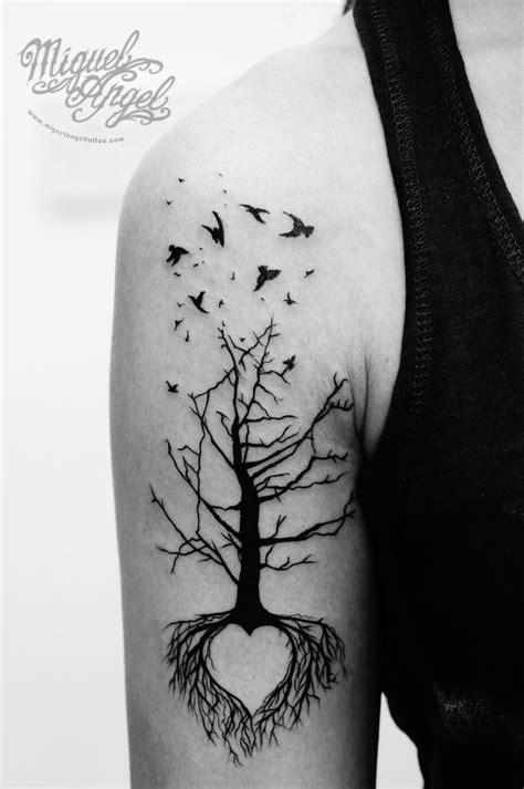 Tree, love heart and birds tattoo | Miguel Angel Custom