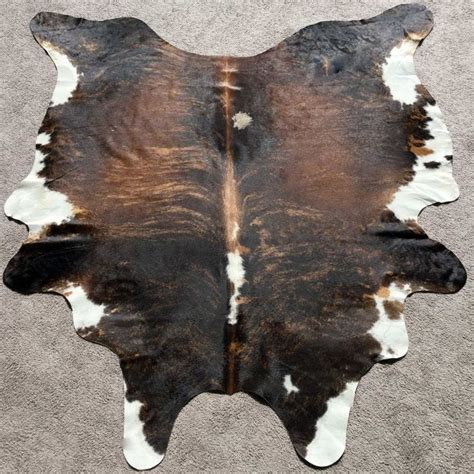 Premium Cowhide Rugs by 17 Best Ideas About Cowhide Rug Decor On