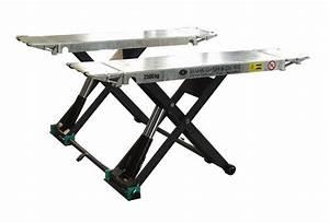 Pont Elevateur Voiture Mobile : maha solo iii 2 5 m ponts elevateurs ciseaux ponts elevateurs equindus s r l ~ Medecine-chirurgie-esthetiques.com Avis de Voitures