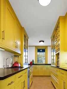 Küchenschränke Streichen Ideen : best 25 yellow kitchen paint ideas on pinterest yellow kitchen walls yellow kitchen paint ~ Eleganceandgraceweddings.com Haus und Dekorationen