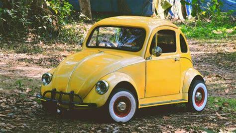 Indijā mehāniķis pēc fotogrāfijām izgatavojis savu 'VW ...