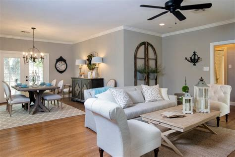 joanna gaines ceiling paint color a 1940s vintage fixer for time homebuyers hgtv s fixer with chip and joanna
