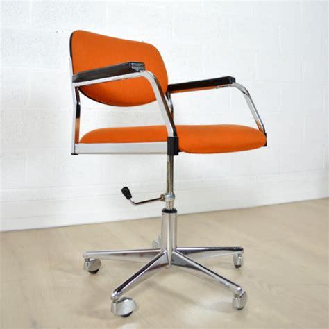 chaise de bureau vintage fauteuil de bureau ées 60 vintage