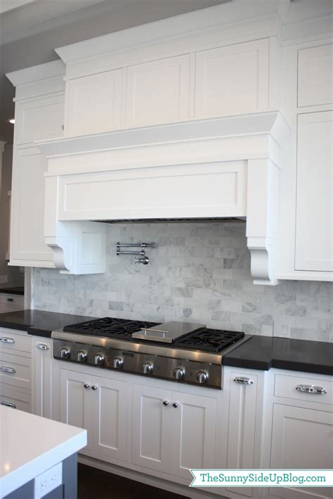 carrara marble kitchen backsplash my kitchen the side up