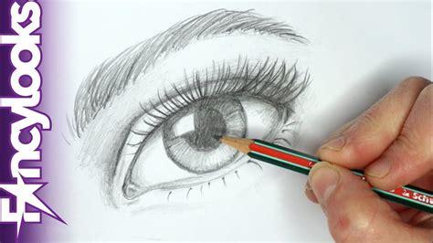 Cómo dibujar un ojo realista con lápiz paso a paso