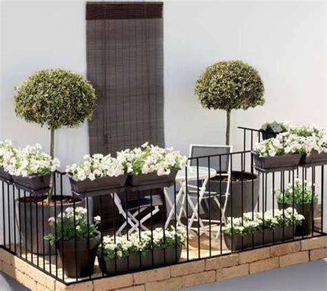 Beautiful Balcony Decorating Ideas, 15 Green Balcony Designs