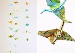Origami Kranich Anleitung : origami kraniche aus landkarten diy love ~ Frokenaadalensverden.com Haus und Dekorationen
