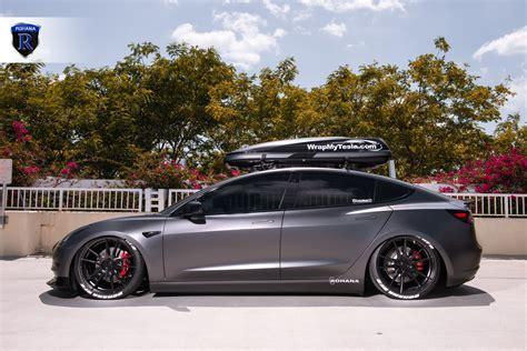 22+ Tesla 3 Wheels Black Gif