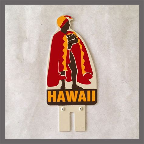 hawaii visitors bureau license plate frame topper