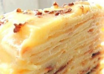 Pasakaini garšīga torte ar biezpiena vārīto krēmu