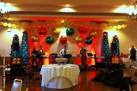 balloon decor  central california christmas