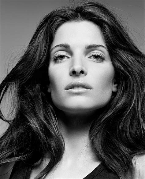 Stephanie Seymour Super Skin Care The Bombshell