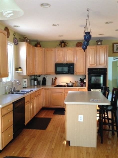kitchen cabinets for need help in picking countertop and backsplash for my kitchen 7679