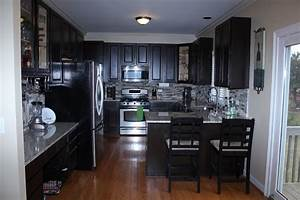 Your fabulous life do it yourself kitchen cabinet refacing for Do it yourself kitchen cabinet refacing