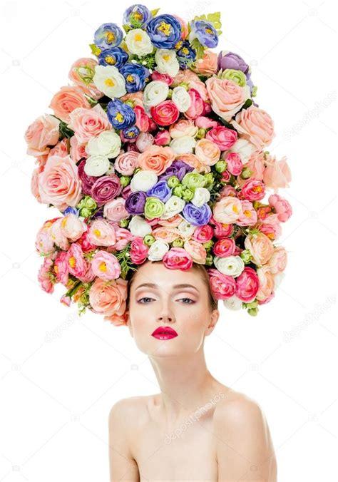 fiori capelli donna con fiori tra i capelli foto stock