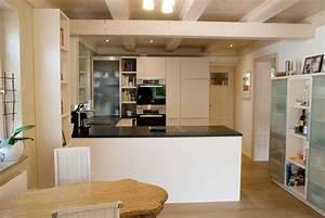 Küche Eiche Weiß : offene k che in wei matte fronten ~ Orissabook.com Haus und Dekorationen
