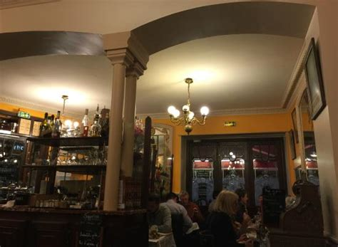 la table ronde tolles ambiente picture of cafe de la table ronde grenoble tripadvisor