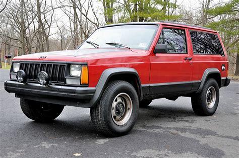 No Reserve 1993 Jeep Cherokee Sport Utility 2door 40l 6