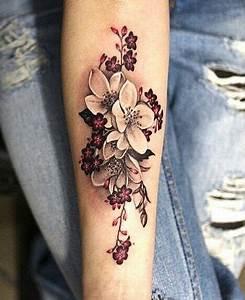Fleur De Cerisier Tatouage : magazine top 20 des tatouages fleur de cerisier allotattoo ~ Dode.kayakingforconservation.com Idées de Décoration