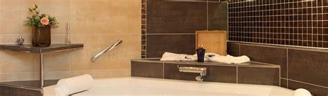 Bilder Für Badezimmer Wand by Badezimmer Wand Decke Boden Fliesen Accessoires