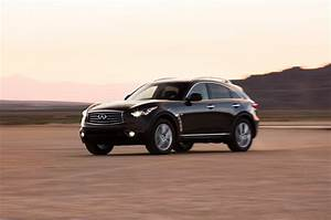 2014 Infiniti QX70 3.7 First Test