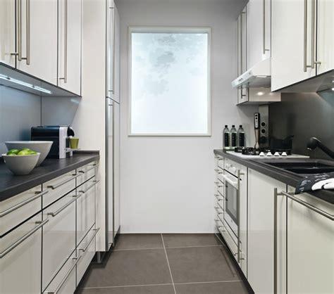 cuisine lave vaisselle en hauteur cuisine en parallèle darty avec meubles en hauteur photo 19 20 présence d 39 un lave vaisselle