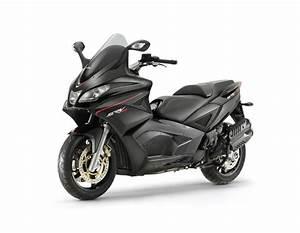 Scooter Aprilia 850 : ridefiniti i confini estremi del mondo scooter con aprilia srv 850 ~ Medecine-chirurgie-esthetiques.com Avis de Voitures