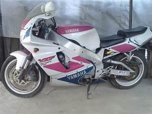 The Yamaha 750 At Motorbikespecs Net  The Motorcycle Specification Database
