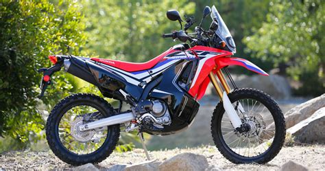 Review Honda Crf250rally by Impression 2017 Honda Crf250l And 250l Rally Dirt Bike Test