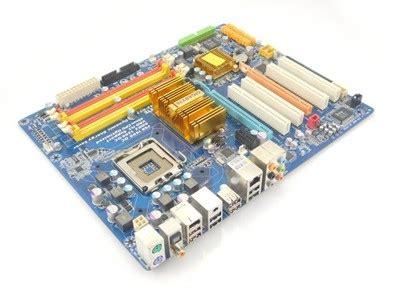 GIGABYTE GA-EP43-DS3 DDR2 45nm 775 GWAR FV23 QUAD ...