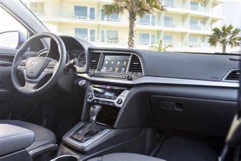 Gas Mileage For Hyundai Elantra by 2017 Hyundai Elantra Limited Gas Mileage Review