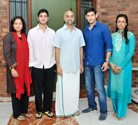 Images Of Family Mahesh Babu Family Photos Birthday Special Lovely Telugu