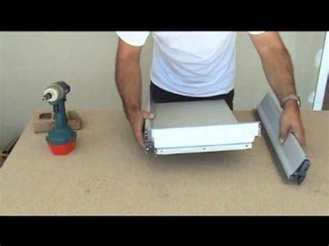 cuisine blum montage d 39 une cuisine montage des tiroirs blum