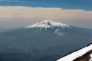 Explorer Explains Eruption – National Geographic Education ...  Mount